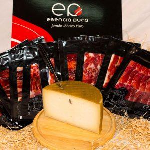 Paleta ibérica puro de bellota en sobres y medio queso artesano
